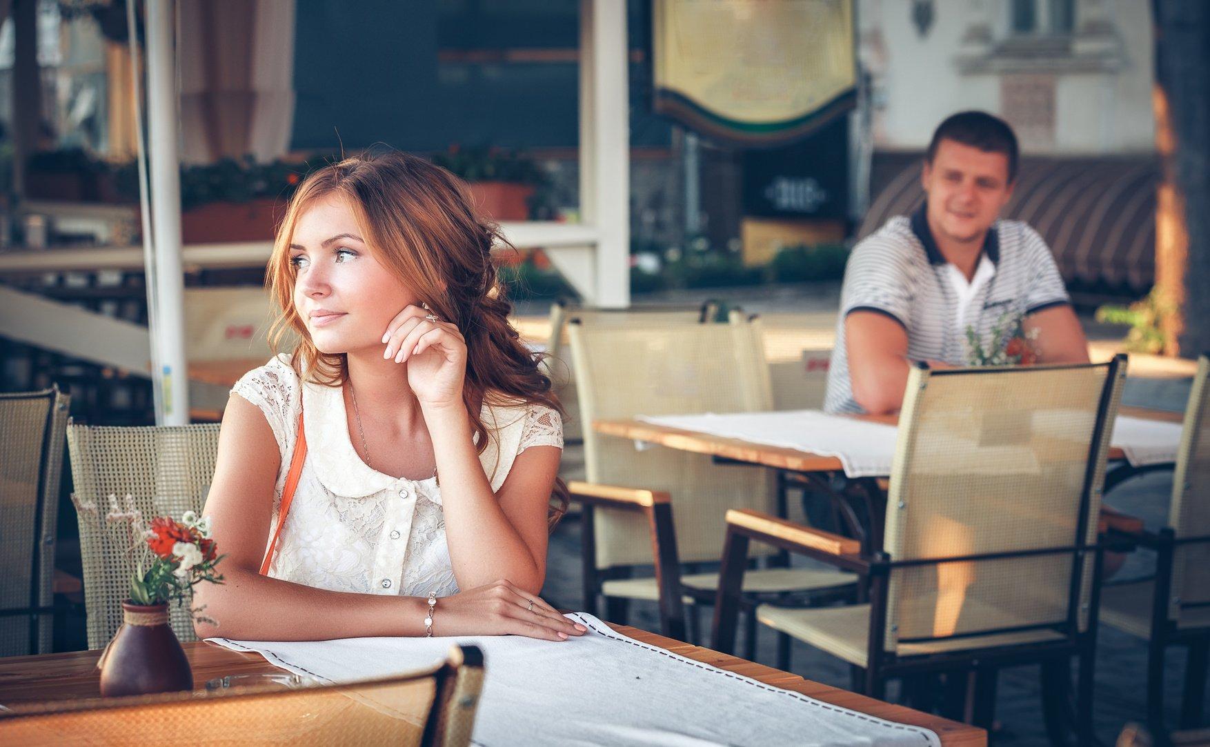Работа для девушек в кафе кастинги в рекламу москва